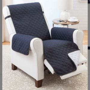 New! Couch Guard Reversible Recliner Cover XL